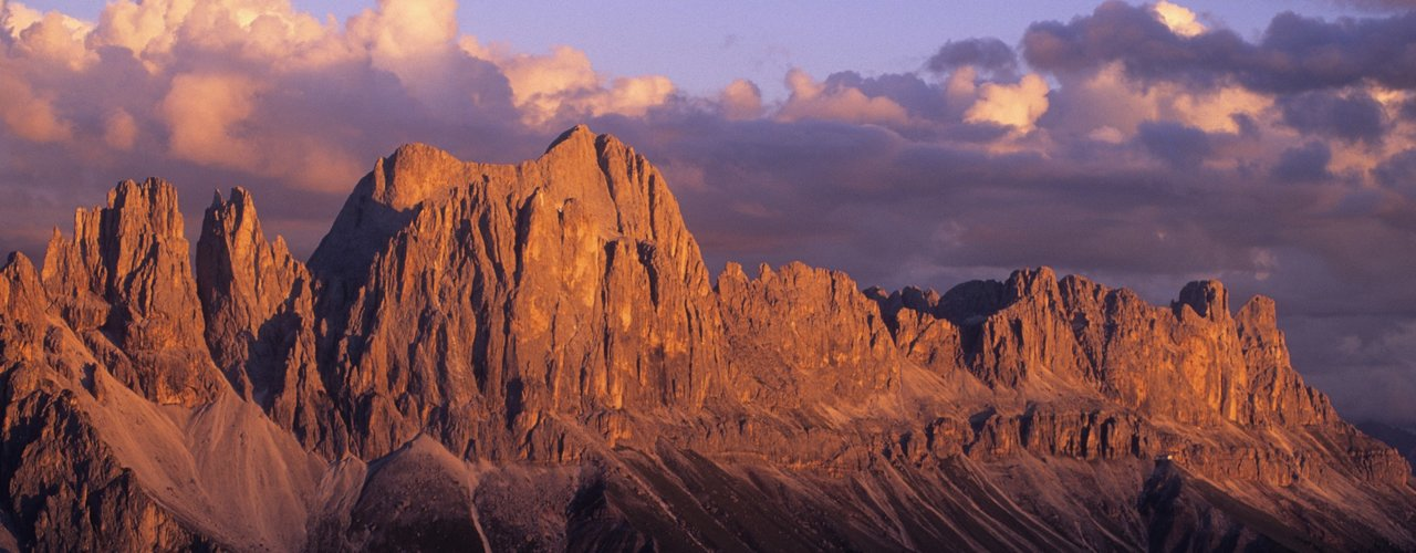 Alpenglow of the Dolomites, holiday in the Hotel Tyrol
