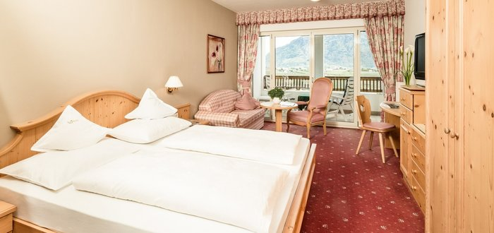 Double room A superior of the Hotel Tyrol in Schenna