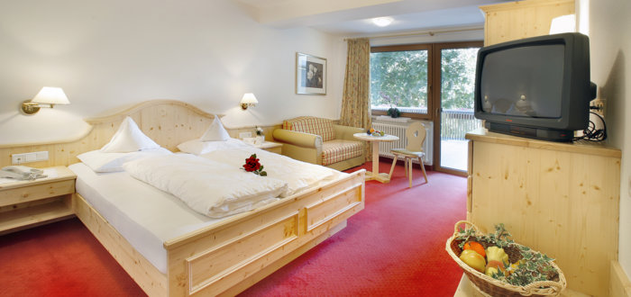 Family suite Meran of the Hotel Tyrol in Schenna