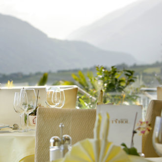 Eating on the terrace with panoramic view, Hotel Tyrol